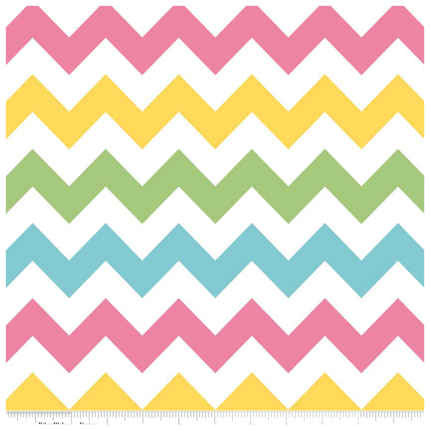 Girl Medium Chevron by Riley Blake Designs - Fat Quarter