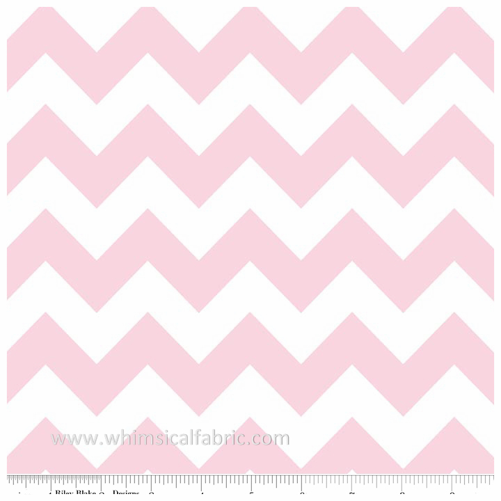 Baby Pink Medium Chevron by Riley Blake Designs - Fat Quarter